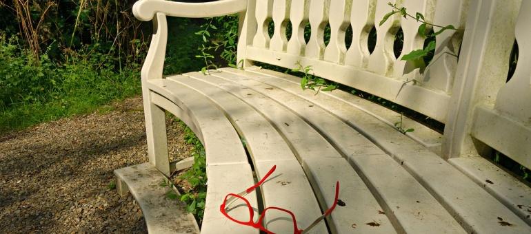 bench-1503557_1280